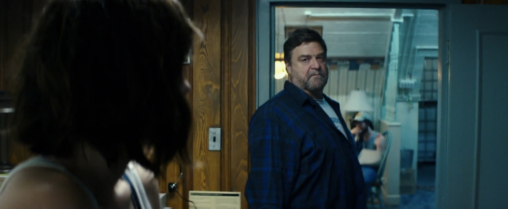 10-cloverfield-lane-image-2